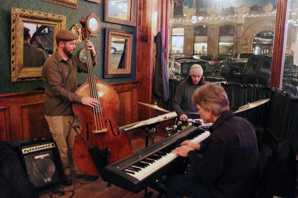 Piano Jazz at Bellingham restaurant.